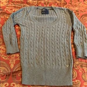 AE 3/4 length sleeve sweater
